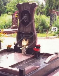 Памятник № A044 Памятник гранитный