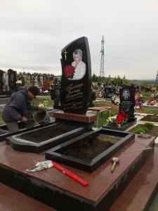 Памятник - наша работа № 240