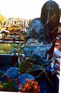Памятник № A004 Памятники из гранита