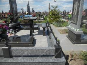 Памятник - работа 053